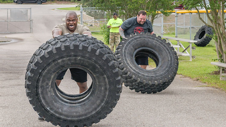 Strongman/Strongwoman Competition